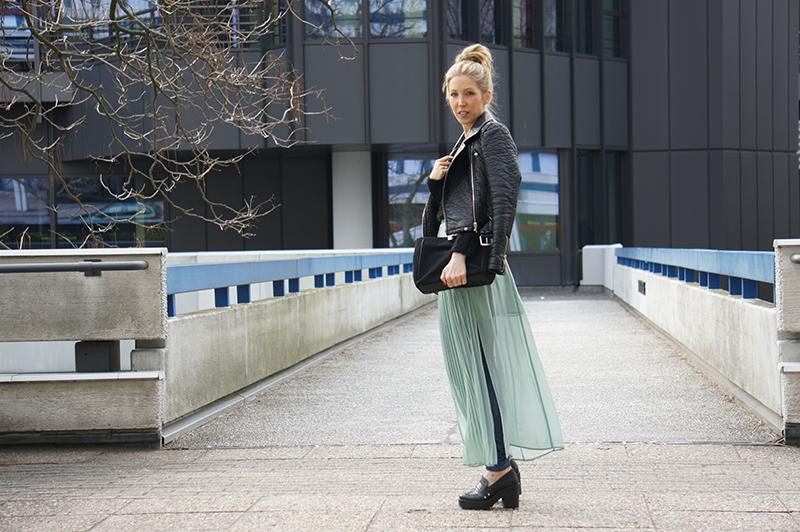 Outfit-Post: Rock über Hose