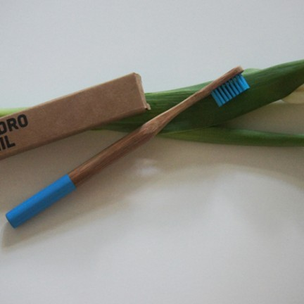 Hydrophil - vegane Zahnbürste
